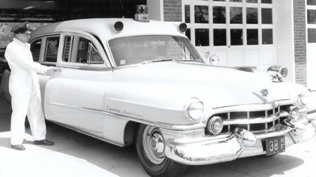 1952-Cadillac-Superior-Ambulance-1952-1959